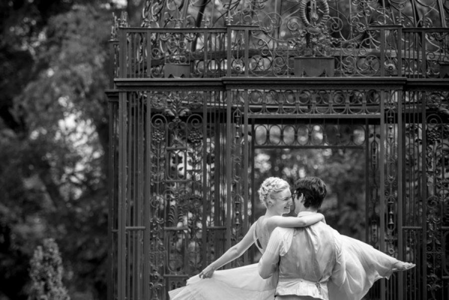 Paloma and Paul 0213 900x601 c - Candid Moments